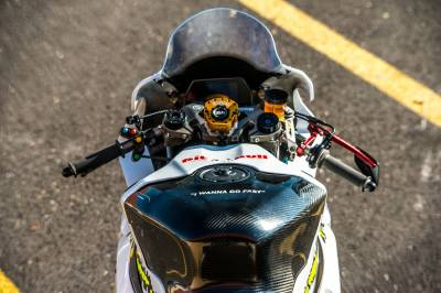 Aftermarket Motorcycle Accessories - Tank Shrouds & Tank Grips